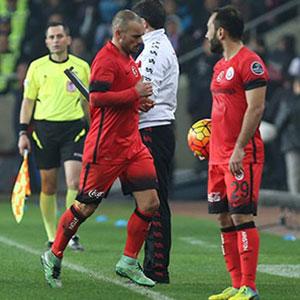 Galatasaray'da frikik krizi !
