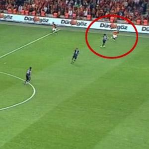 Galatasaray'ı isyan ettiren ofsayt !