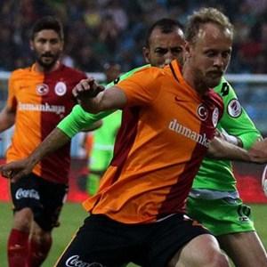 Galatasaray Rize'de avantajı kaptı !