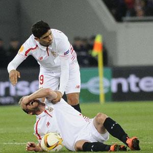 Sevilla'yı sarsan sakatlık ! Herkes şok oldu...