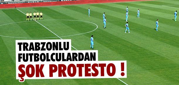 Trabzonsporlu futbolculardan protesto
