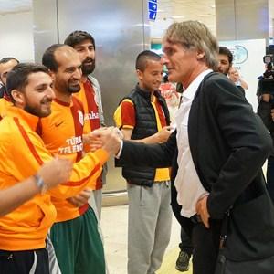 Galatasaray'ı taraftarlar karşıladı !