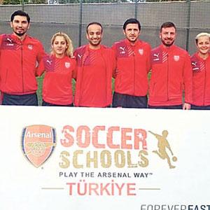 Arsenal Türkiye eğitime başladı