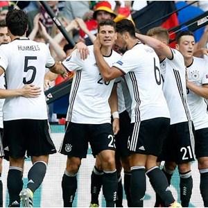 Almanya şov yaptı !