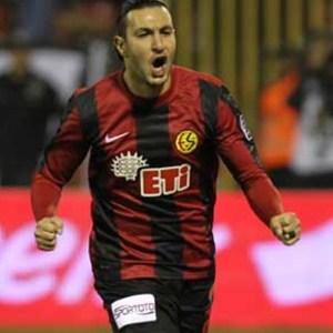 ''Eskişehirspor'da oynamaya hazırım''