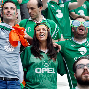 İrlandalı taraftarlara Paris madalyası