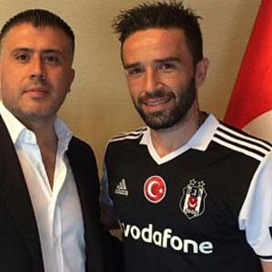 Gökhan imza atınca Fenerbahçeliler...
