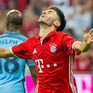 Bayern'in Türk yıldızı 'darbe' kurbanı oldu
