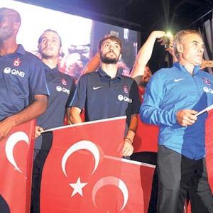 Trabzonspor sokağa indi !