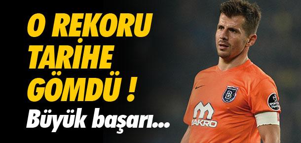Emre Belözoğlu tarihe geçti !