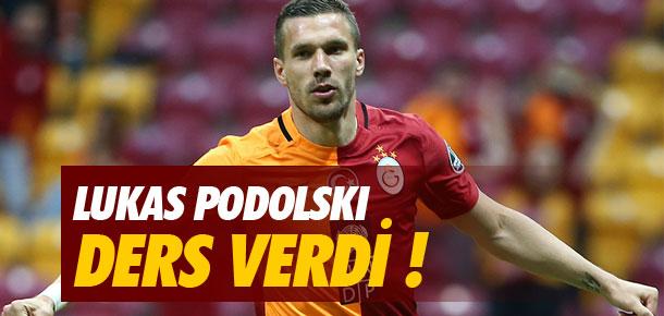 Lukas Podolski ders verdi !