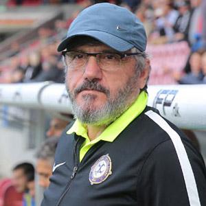 Mustafa Reşit Akçay Trabzonspor'a dönüyor