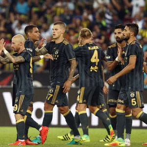 Fenerbahçe taraftarı Fernandao'ya isyan etti