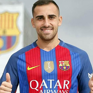 Alcacer resmen Barcelona'da