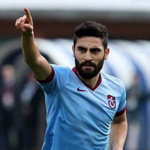 Trabzonspor'un ilk transferi Mehmet Ekici