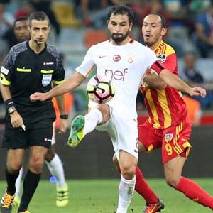 Galatasaray ilk çelmeyi yedi !