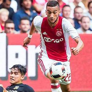 Ziyech, Ajax'ta döktürüyor !
