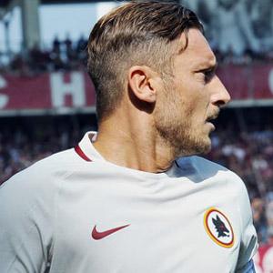 Zamana meydan okuyan şampiyon Totti 40 yaşında