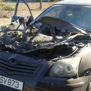Hakemin arabasına konulan bomba patladı