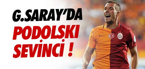 Galatasaray'da Podolski sevinci !