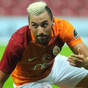 Galatasaray'ın dokunduğu altına dönüşüyor