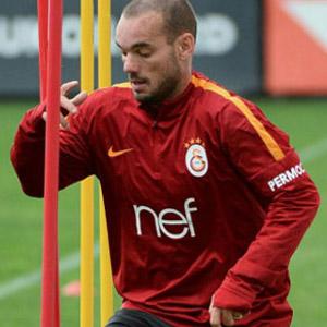 Galatasaray'a Wesley Sneijder müjdesi