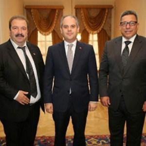Akif Çağatay Kılıç Türkiye Futbol Vakfı ile bir araya geldi