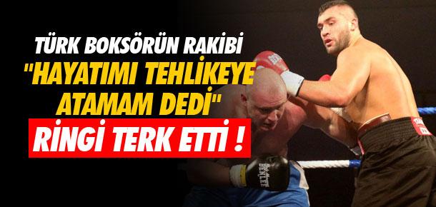 Türk boksörün rakibi kaçtı !