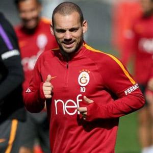 Sneijder, Adanaspor maçında yok !