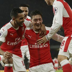 Arsenal seriye devam ediyor !