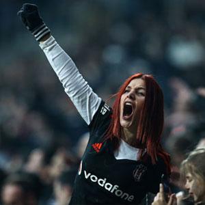 Beşiktaş'ta şampiyonluk şarkıları başladı