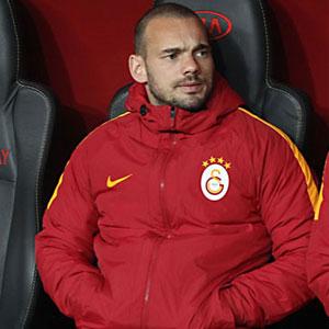 Olay sözler: ''Sneijder göbek yapmış''