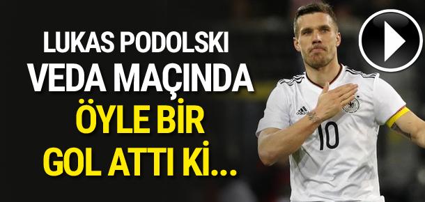 Podolski'den veda maçında müthiş gol !