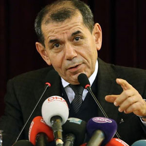 Dursun Özbek'ten Hakan Şükür ve Arif Erdem açıklaması