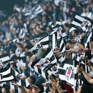 Beşiktaş taraftarı Fransa'ya çıkarma yapacak !