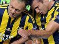 Milan, Van Persie ve Kjaer'i istiyor